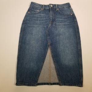 💋 H&M Jean Skirt Size 4